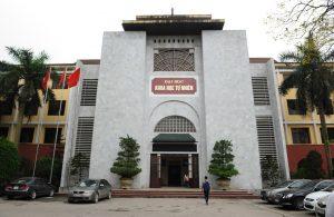Mặt trước trường đại học khoa học tự nhiên Hà Nội_Trường Đào Tạo Công Nghệ Sinh Học