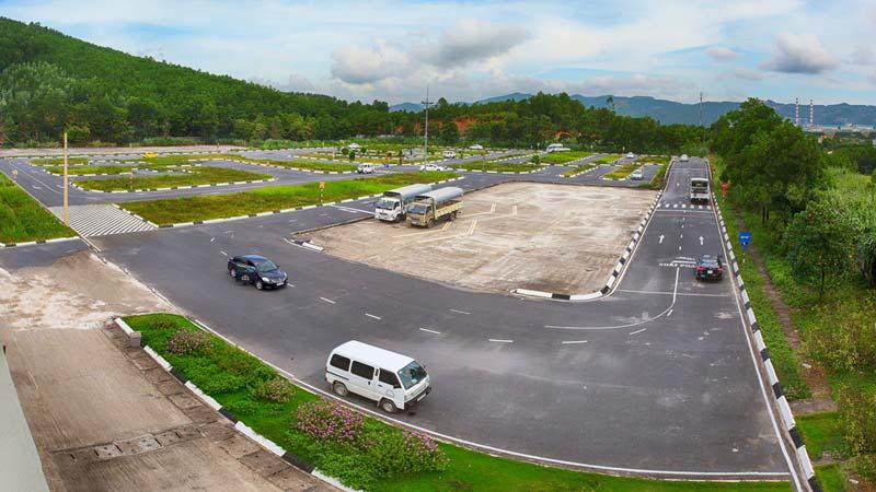 Trung tâm đào tạo nghề Viễn Đông đào tạo lái xe bằng C
