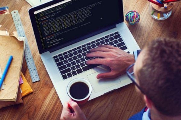 Cần chuẩn bị gì trước khi theo học ngành kỹ thuật phần mềm